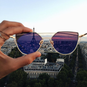 pink_glasses_paris